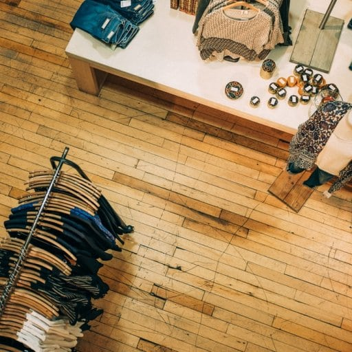 9 Smart Ways to Grow Your Clothing Line on Instagram